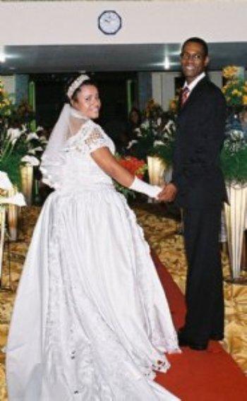 Depois de 4 meses de um namoro virtual, resolvemos nos conhecer pessoalmente. Eu saí da Bahia em direção à Belo Horizonte para conhecê-lo e à sua família.