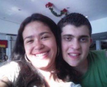 Um dia minha mãe me mostrou esse site, o AmorEmCristo.com. Por curiosidade, resolvi me inscrever.