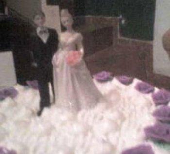 Através do AmorEmCristo.com eu me casei com um homem maravilhoso, com todas as características de um verdadeiro homem de Deus! Conto com as orações de vocês...