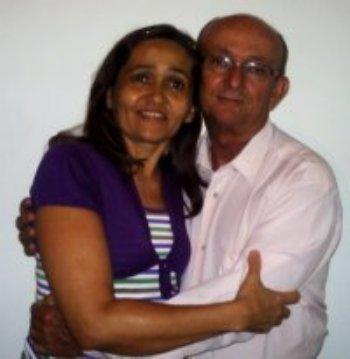 Éramos viúvos e hoje, graças a Deus e ao AmorEmCristo.com somos um casal lindo!