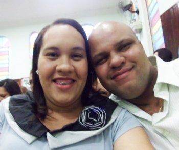 Hoje estamos juntos na mesma igreja e somos muito gratos a Deus. Realizamos uma cerimônia de noivado maravilhosa!