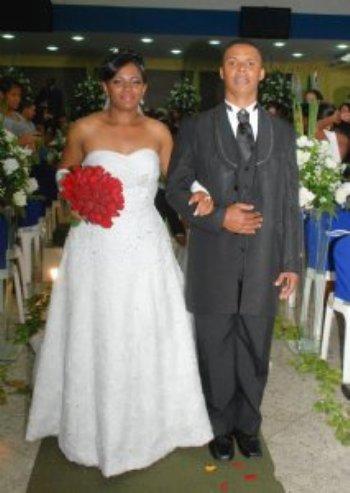 Esse dia vai ficar marcado na minha vida e na vida de minha querida esposa como o dia mais feliz de nossas vidas… Depois de dois anos de namoro, foi uma conquista memorável para nós…